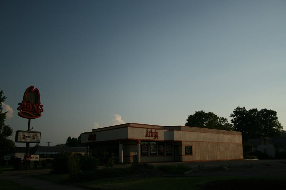 Arby's: 245 S 2nd St, Coshocton, OH