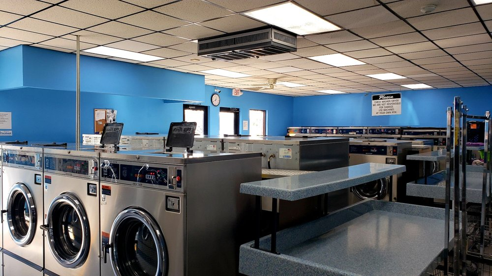 The Laundry Place: 8585 Clark St, Clive, IA