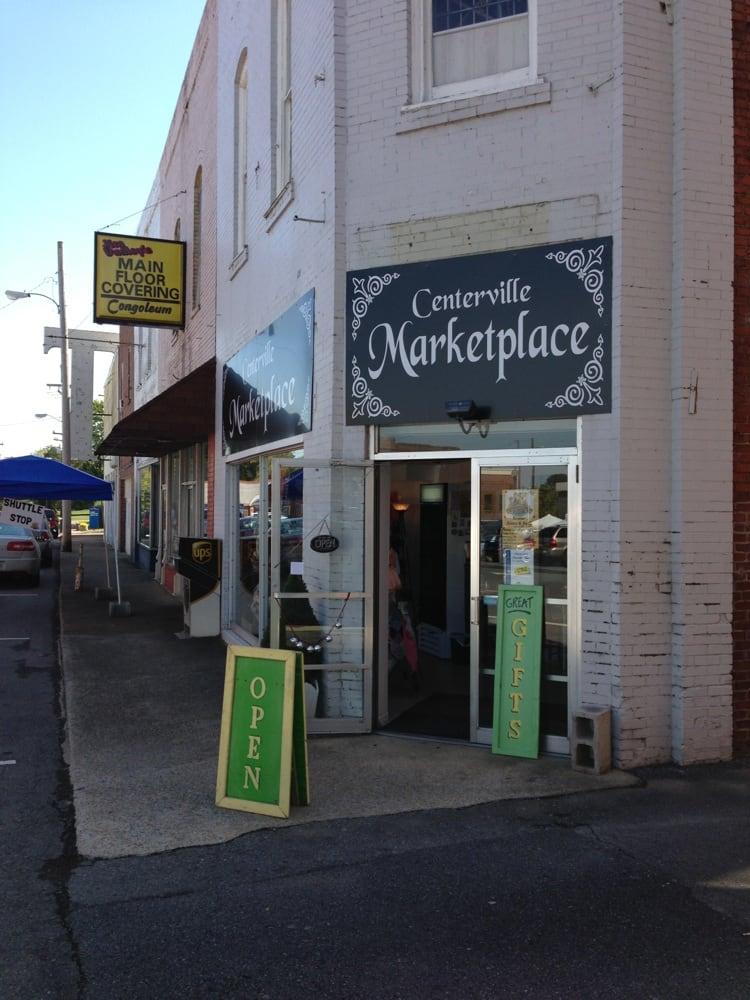 Centerville Marketplace: 100 Church St, Centerville, TN