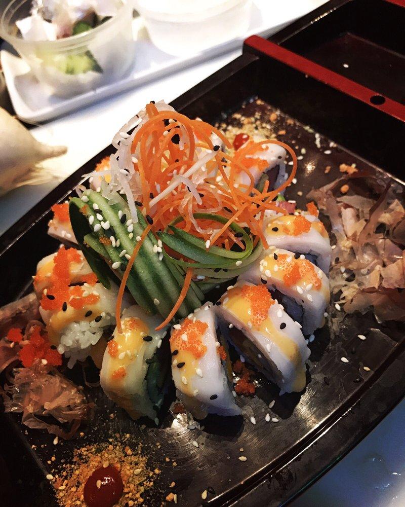 Thai Lanna & Sushi
