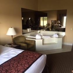 grand plaza hotel 37 photos 28 reviews hotels 245. Black Bedroom Furniture Sets. Home Design Ideas
