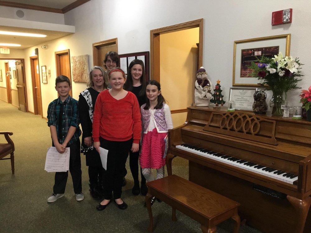 Diane's Piano Studio: 188 E Cassell Ave, Barberton, OH
