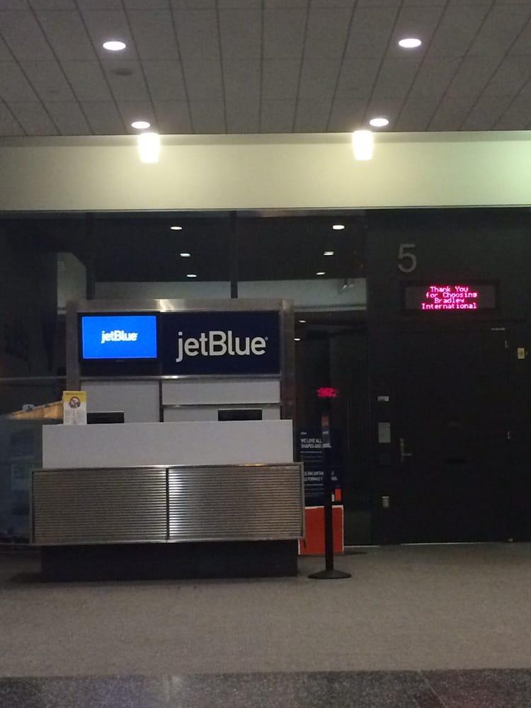No Flight Stat At Gate Jet Blue June 23 Bdl 11 48pm