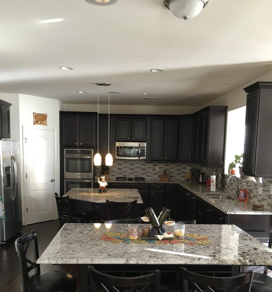 Vintage Kitchen Yelp: Granite Kitchen Dining Table To Match Kitchen Countertops