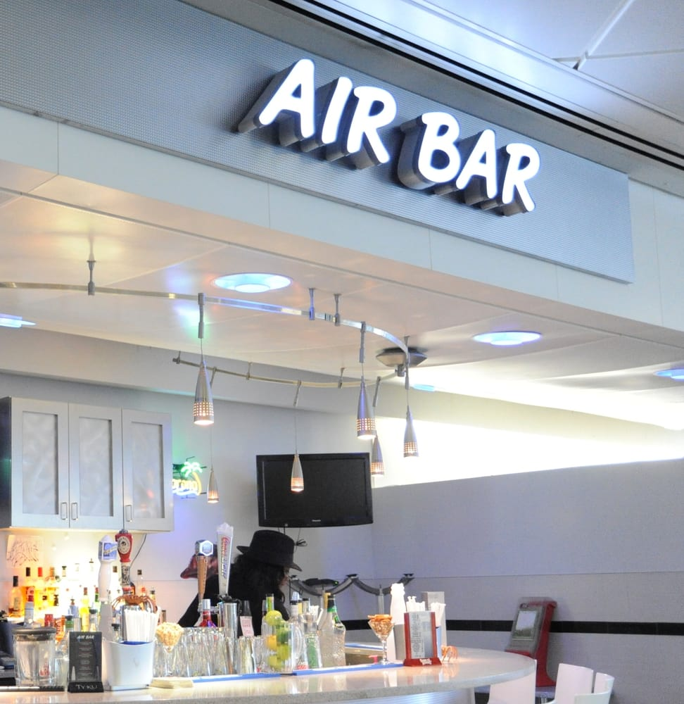 Air Bar At AirTrain JFK Jamaica Station
