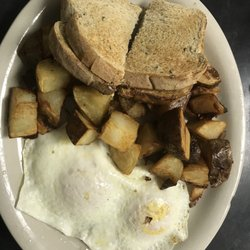 Photo Of Nelle S Restaurant Cameron Mo United States 2 Eggs Om