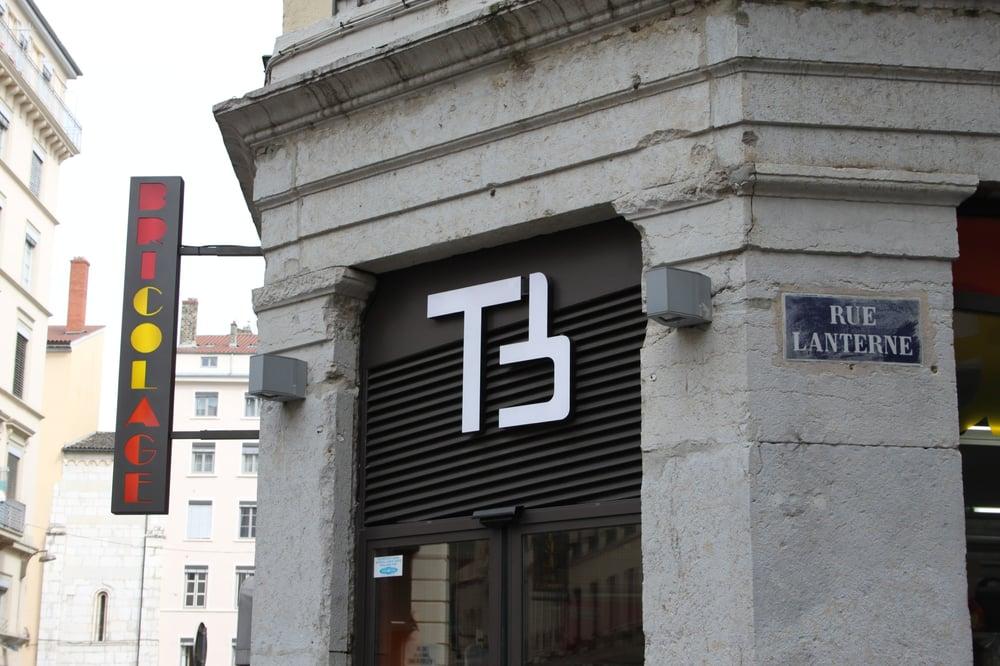 terreaux bricolage 26 avis magasins de bricolage 14 16 rue plati re terreaux lyon. Black Bedroom Furniture Sets. Home Design Ideas