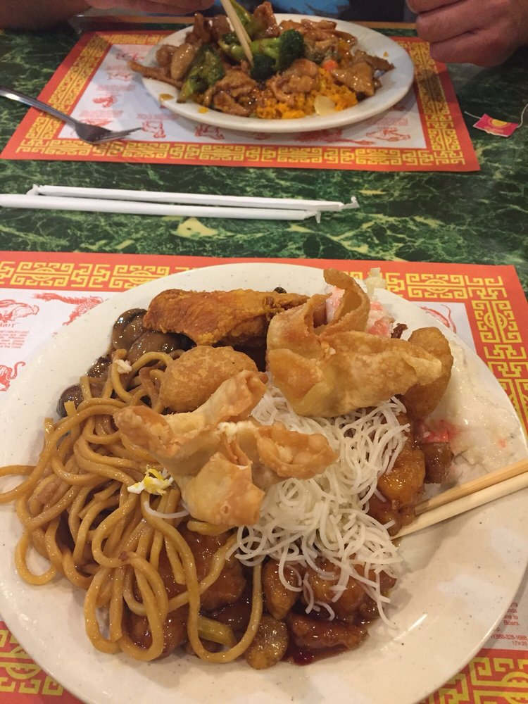Old China Buffet: 168 Town Hill Rd, Louisa, KY