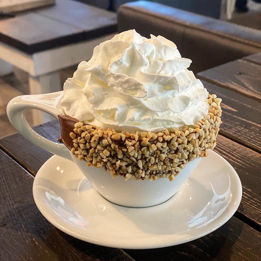 Vanessa's Coffee Shop: 9474 Narcoossee Rd, Orlando, FL
