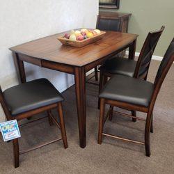 Attirant Photo Of Thornton House Furniture U0026 Interior Design   Lodi, CA, United  States.