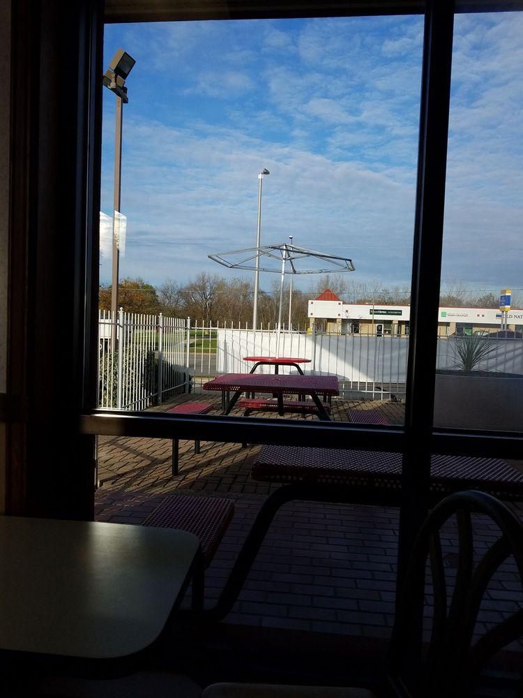 McDonald's: 1113 W Fond Du Lac St, Ripon, WI