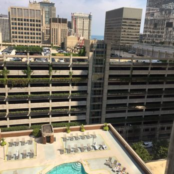 Doubletree by hilton hotel chicago magnificent mile for Nice hotels downtown chicago