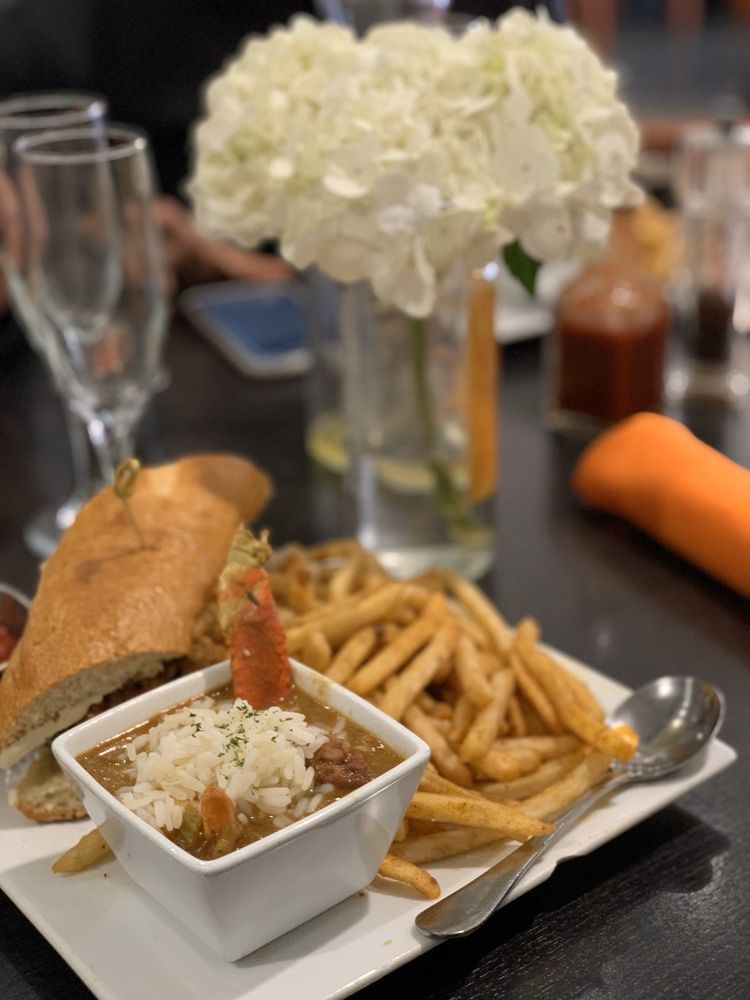 Food from Mango Mangeaux: A Simply Panache Bistro