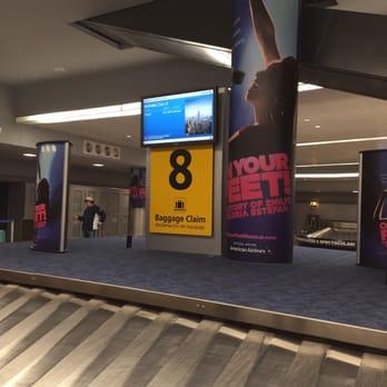Where to meet someone at JFK T8?