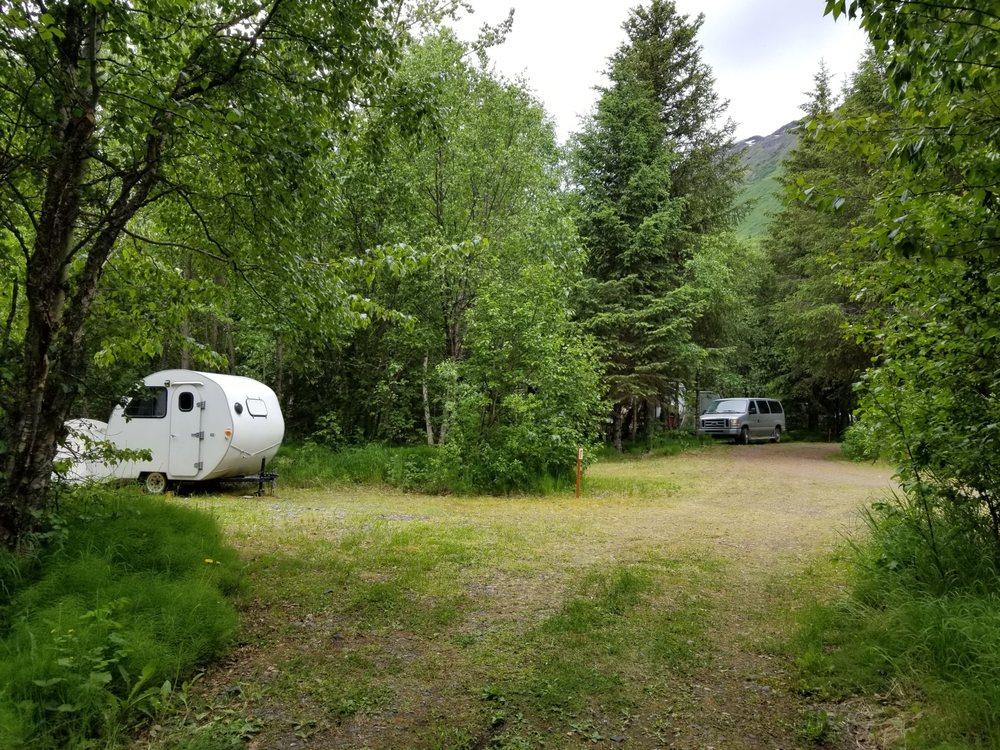 Moose Pass Campground: 34984 Seward Hwy, Moose Pass, AK
