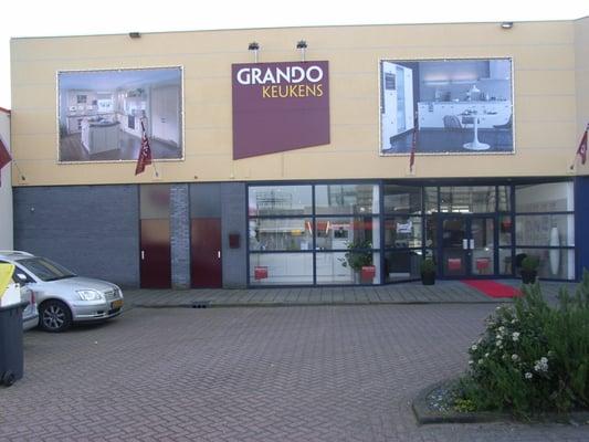 Grando Keukens Zaandam : Grando keukens zaandam kitchen bath pieter ghijsenlaan