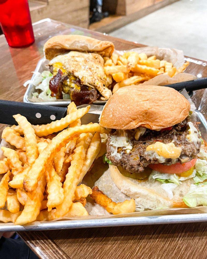 Fat Pat's Bar & Grill: 1280 S Bernard Rd, Broussard, LA