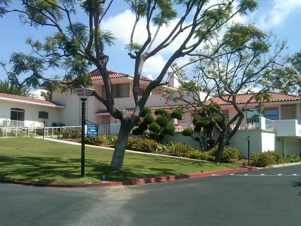 Marycrest Manor: 10664 St James Dr, Culver City, CA