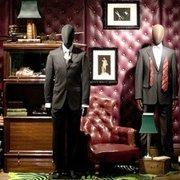 3f4cd113bdfd BHV Marais - L Homme - 13 photos   21 avis - Vêtements pour hommes ...