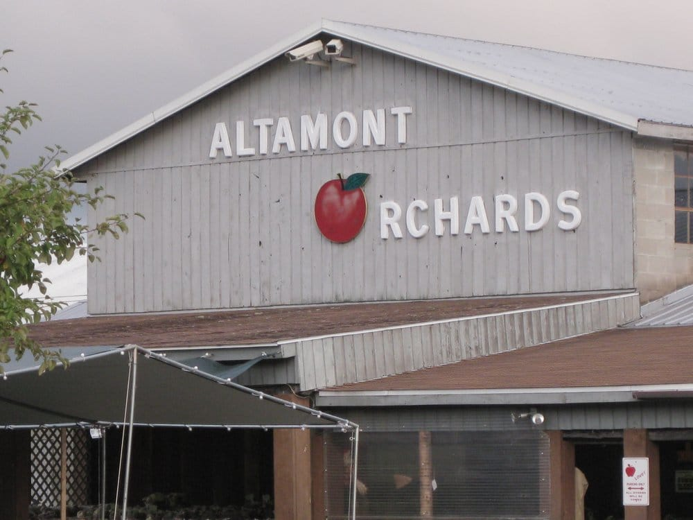 Altamont Orchards: 6654 Dunnsville Rd, Altamont, NY