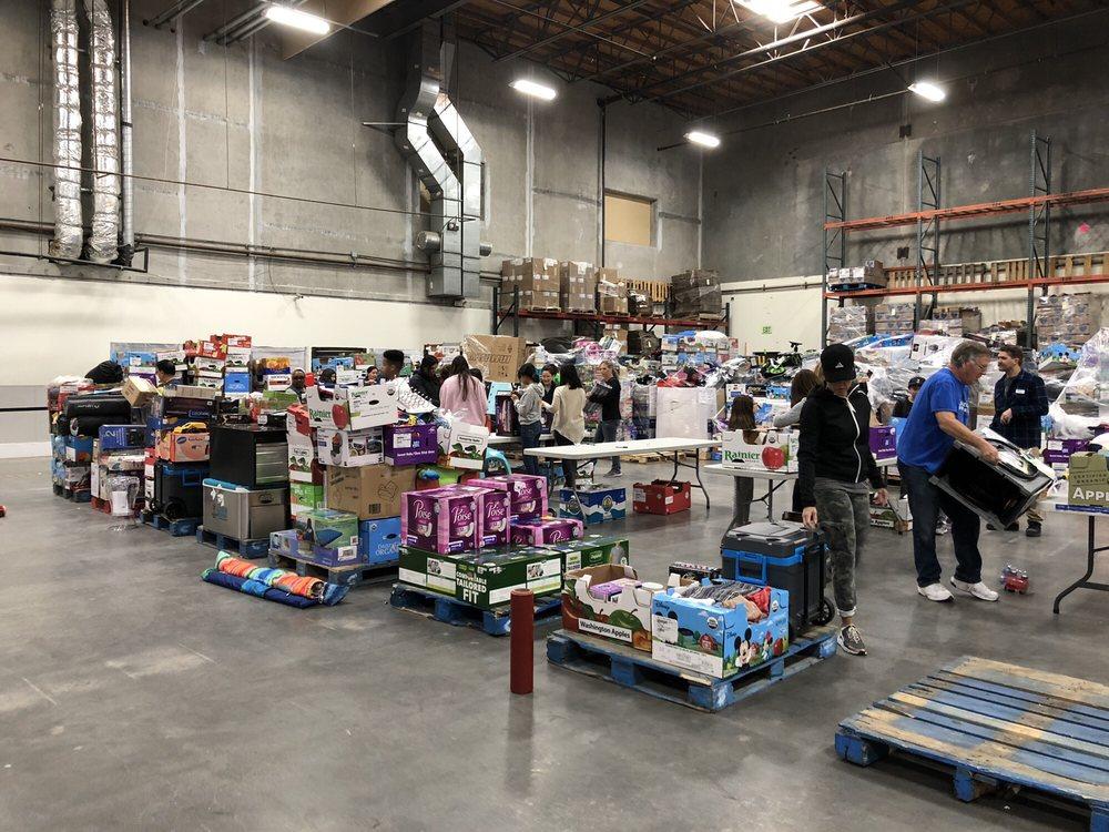 Children's Hunger Fund: 13931 Balboa Blvd, Sylmar, CA