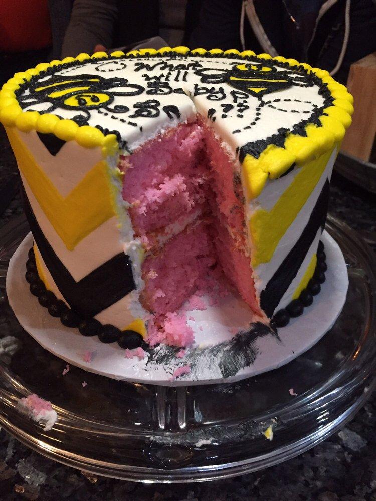Nana's Cakery & Bake Shoppe: 400 N Kennedy Dr, Bradley, IL