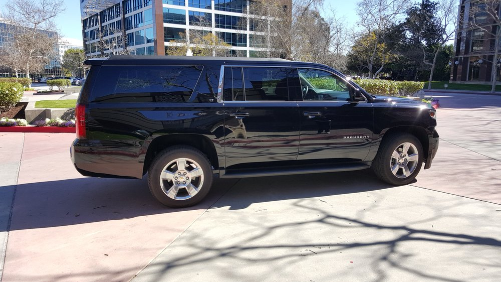 Worthy Luxury Limousines and Transports