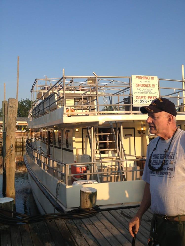 Captain pete fishing charters fishing 540 guy lombardo for Freeport fishing boats