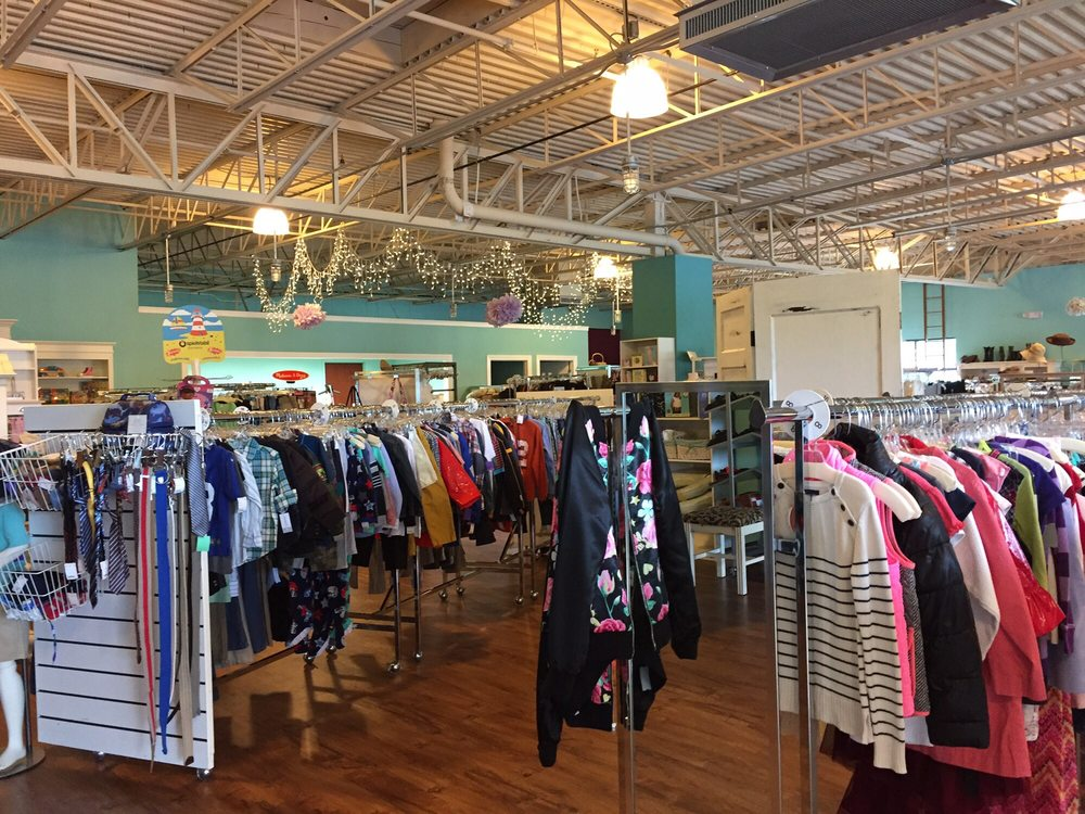 Polkadots Consignment Shop: 10 New Karner Rd, Guilderland, NY