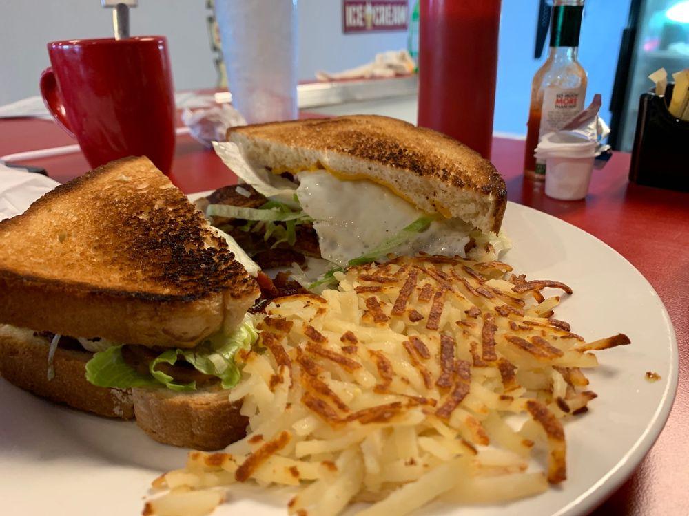 Hot Rodz Diner: 115 S Main St, Crandall, TX