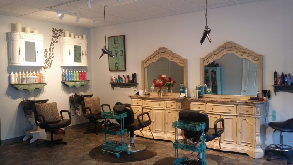Serenity Day Spa and Hair Salon: 9603 Sr Hwy 422 W, Shelocta, PA