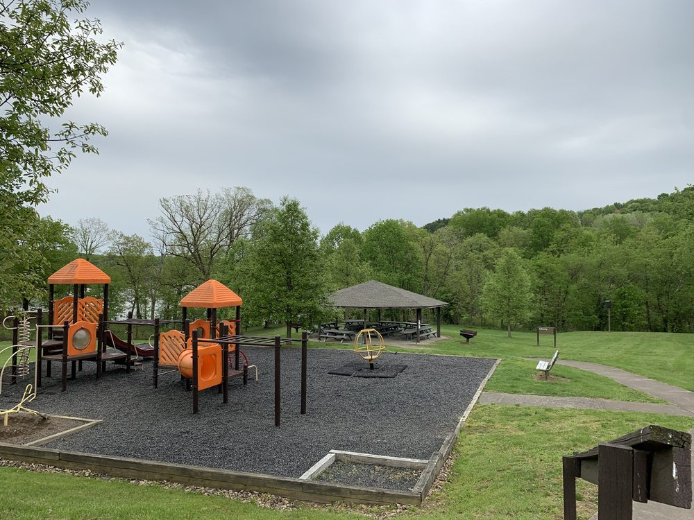 Crooked Creek Recreation Area: 114 Park Main Rd, Ford City, PA