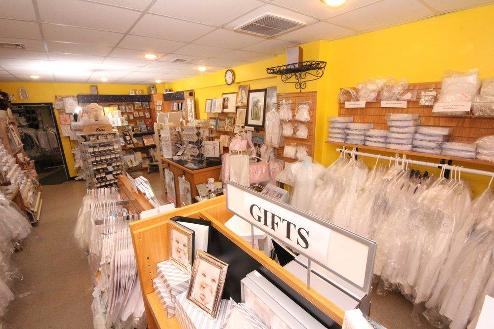 Good Shepherd Book & Gift Store: 34 Leonardville Rd, New Monmouth, NJ