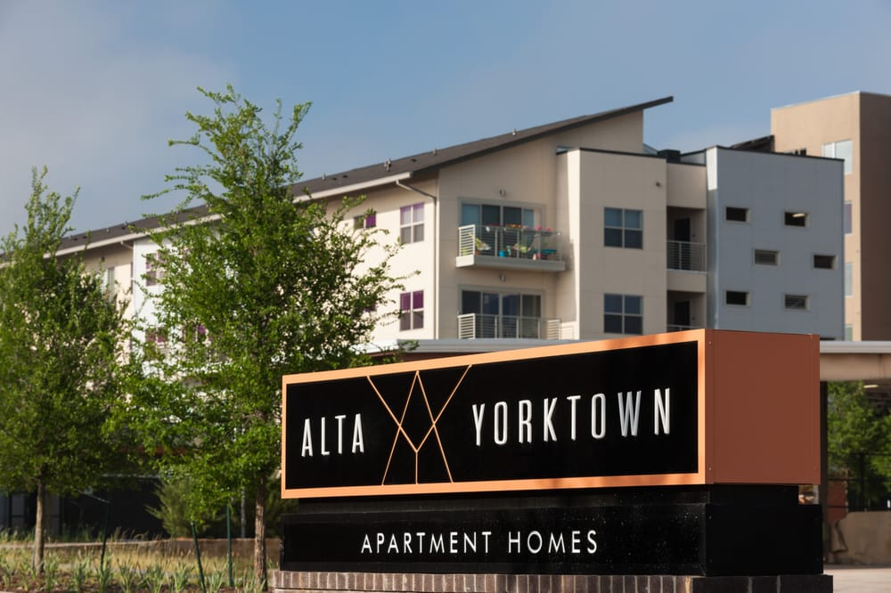 Fresh Alta Design District Reviews