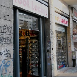 Foot locker italy negozi di scarpe viale libia 2 - Foot locker porta di roma ...
