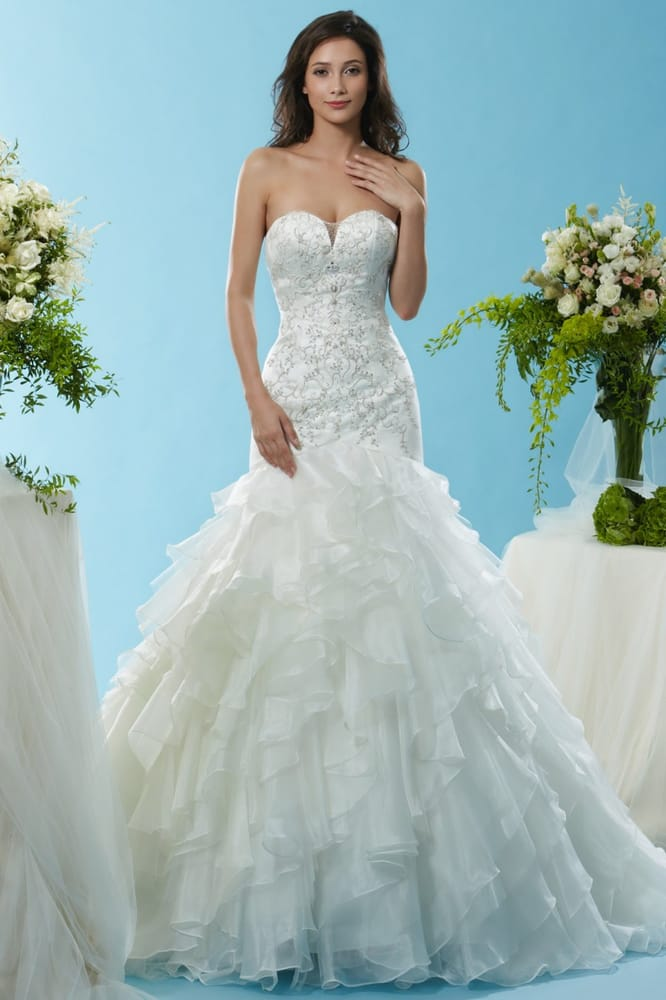 Spring Lake Bridal - Bridal - 616 E Savidge St, Spring Lake, MI ...