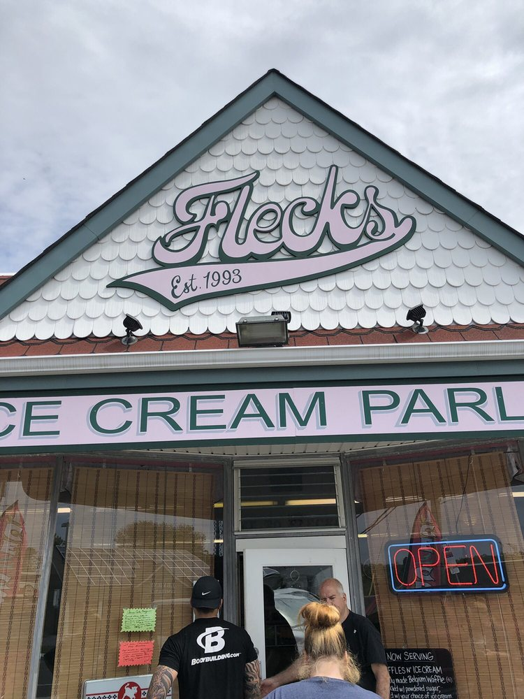 Fleck's Ice Cream: 1600 Bayshore Rd, Villas, NJ