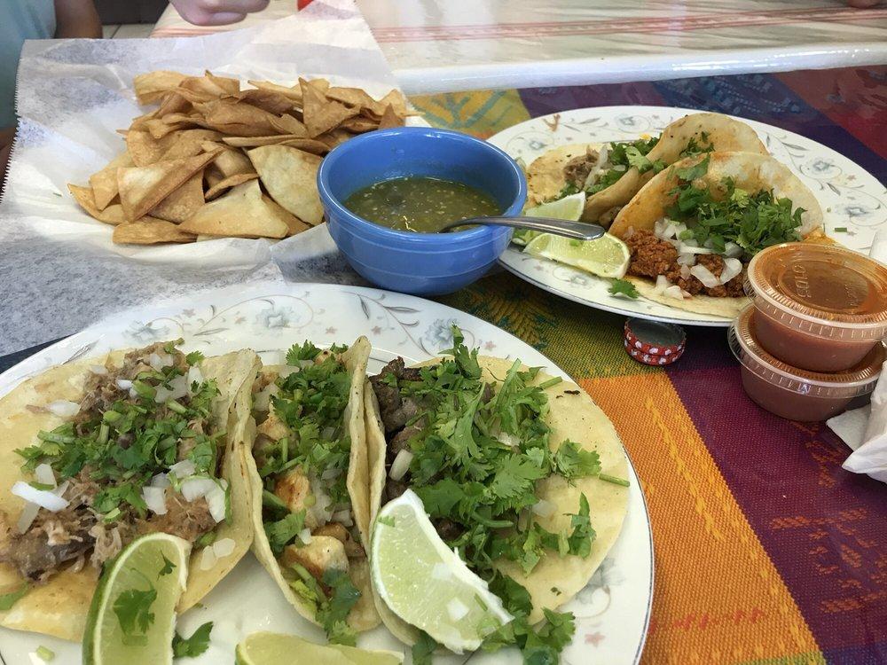 El Paso: 78 Vineyard Ave, Highland, NY