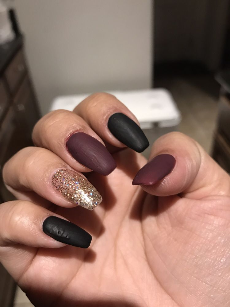Divine Nails And Spa Lathrop
