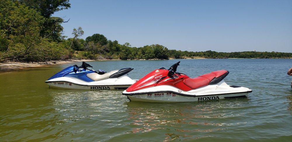 A Splash Of Fun Jet Ski Rental: 307 N State Hwy 342, Red Oak, TX
