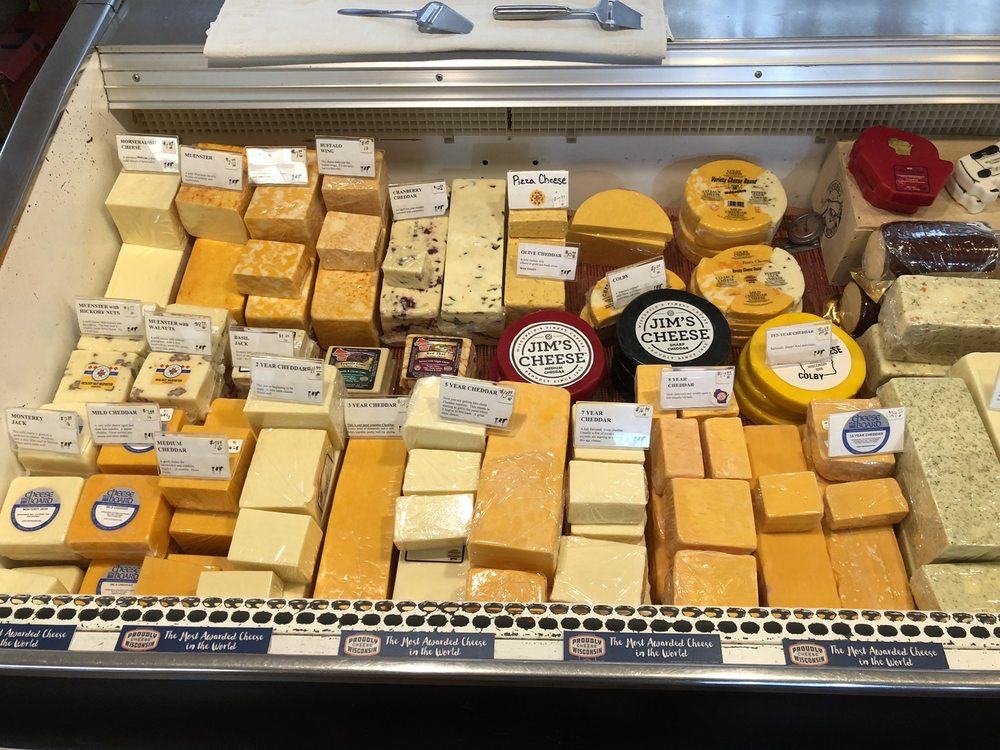 The Cheese Board of Wisconsin: 8524 Us-51, Minocqua, WI