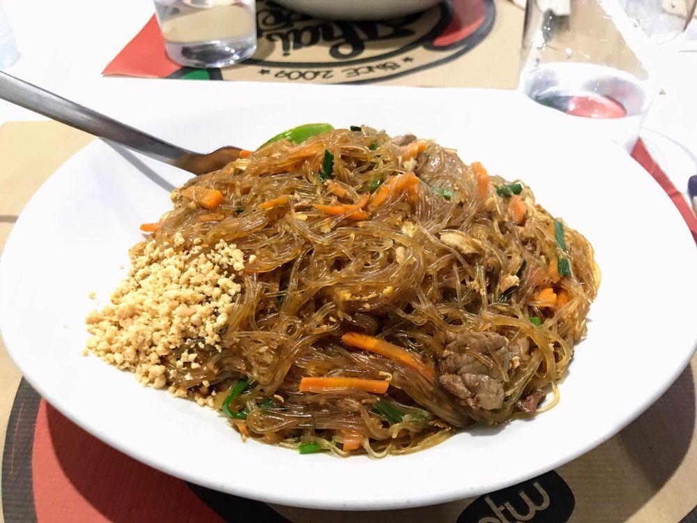 Pad thai wok cocina tailandesa corredera baja de san for Cocina tailandesa madrid