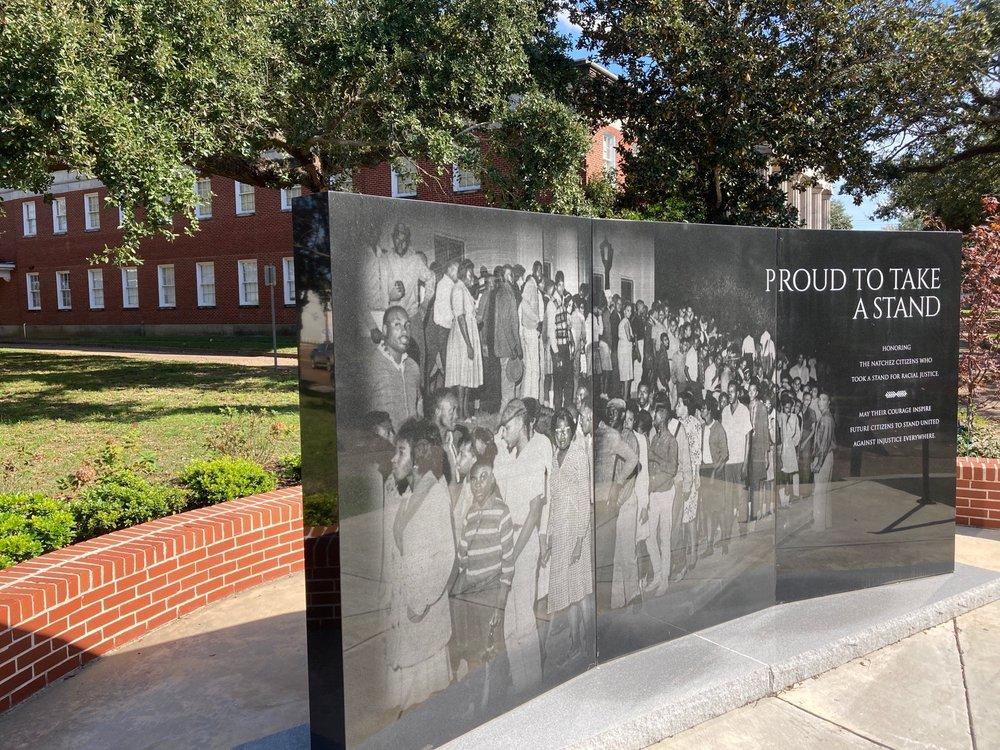 Proud To Take A Stand Monument: 207 Jefferson St, Vidalia, MS