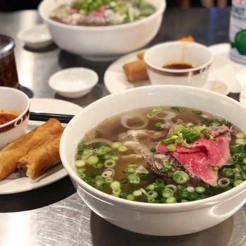 Tai Nam Gan Eye Round Steak Well Done Flank And Soft Tendon Pho Yelp