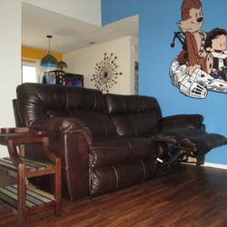 Amazing Photo Of Austinu0027s Couch Potatoes Outlet   Austin, TX, United States.  Leather Recliner