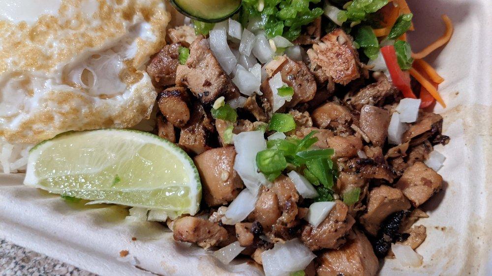 Food from Senor Sisig