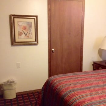 Photo Of Cedar Hill Motel Hillsboro Oh United States Bathroom Door