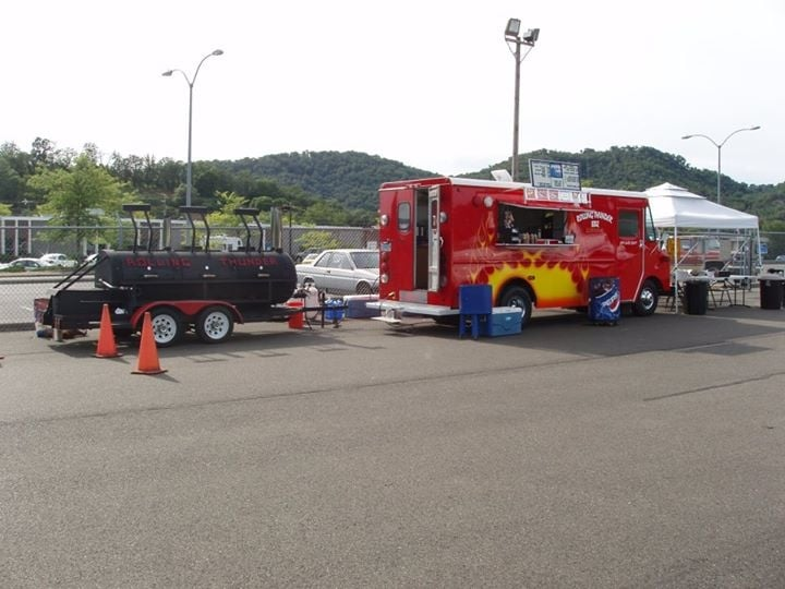 Rolling Thunder BBQ: Mobile Catering, Myrtle Creek, OR