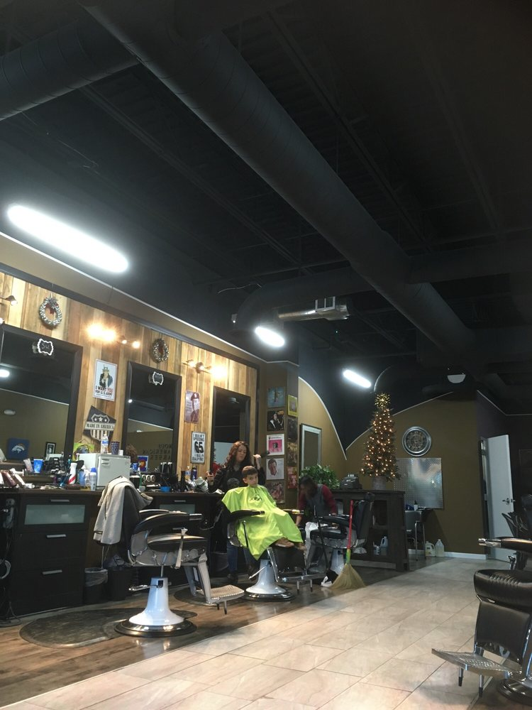 Famous American Barber: 12245 Voyager Pkwy, Colorado Springs, CO