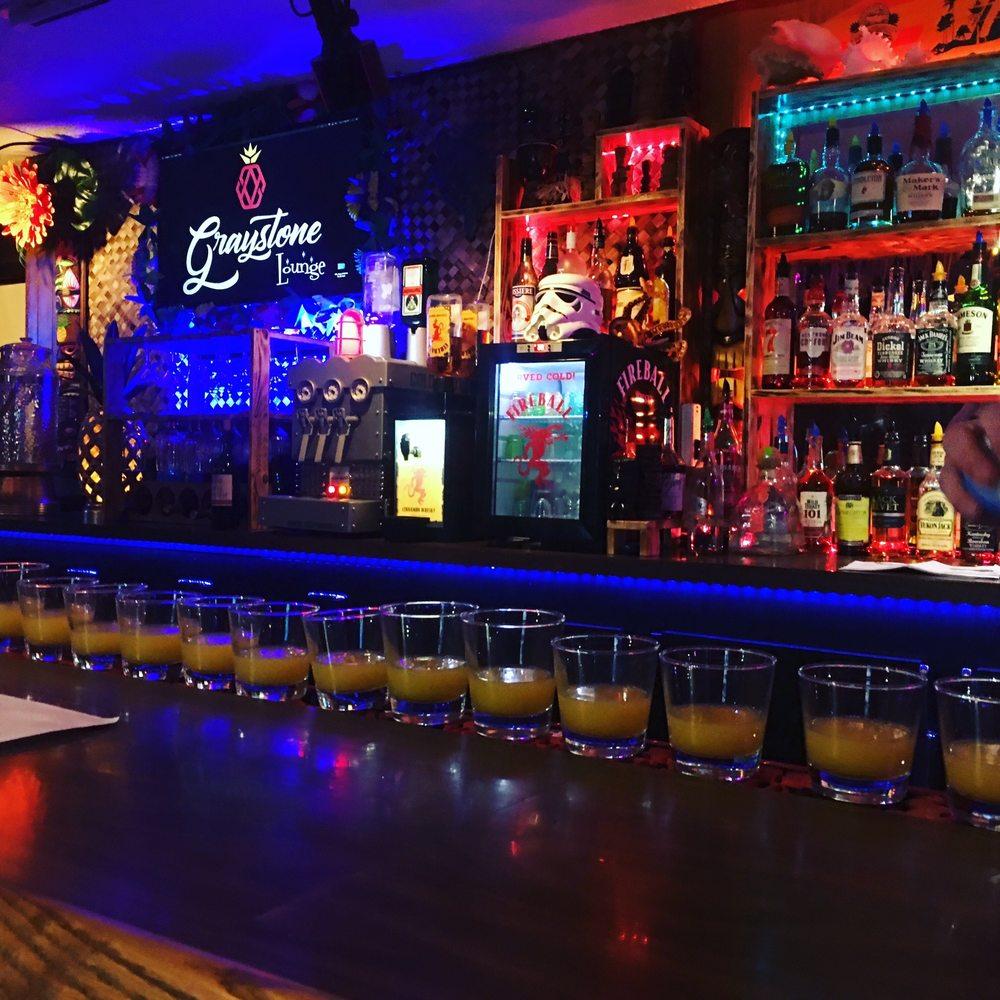 Graystone Lounge: 203 E Main St, Silverton, OR